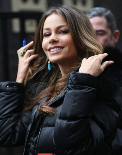 Sofia Vergara wearing VV turquoise earrings and ring.jpg